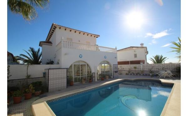 Villa in Blue Lagoon