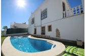 DP1098, Fantastic 4 bedroom villa with private pool.