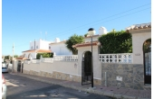 DP1128, Detached villa with private pool.