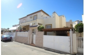 DP1103, Fantastic town house with communal pool.