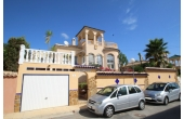 DP1287, Fantastic villa with private pool and garage.