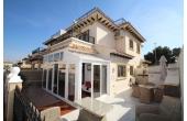 1447D, Fantastic refurbished house with private solarium.