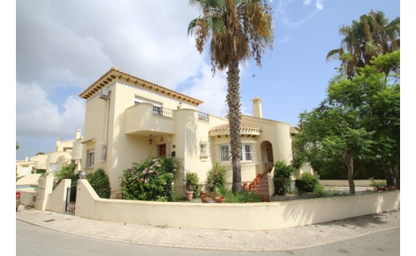Detached villa with room for a private pool.