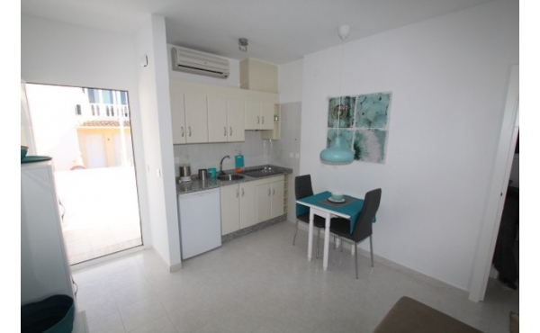 Fully refurbished apartment in a quiet area.