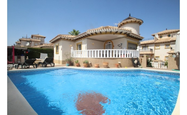 Detached villa with pool and under build.