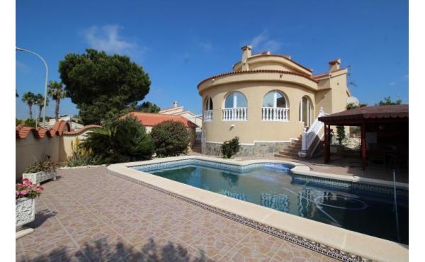 Villa with private pool in Ciudad Quesada Lo Pepin