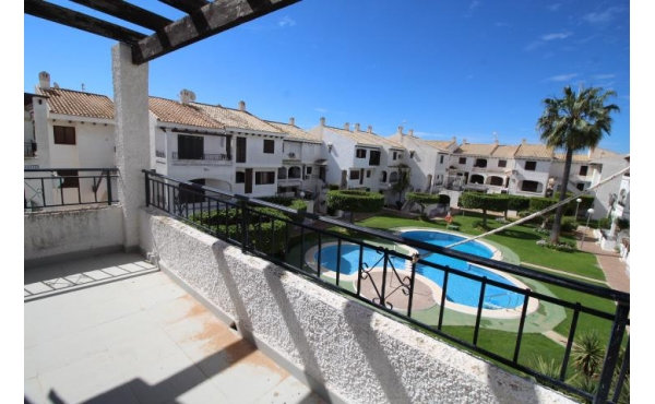 South oriented penthouse apartment in Playa Flamenca