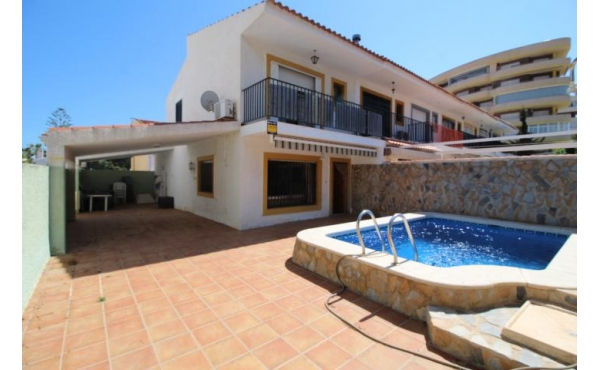 La Zenia Corner Duplex with private pool 400 meters from the Beach
