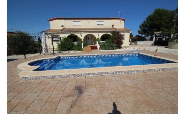 Beautiful Villa with two houses in Bella Vista