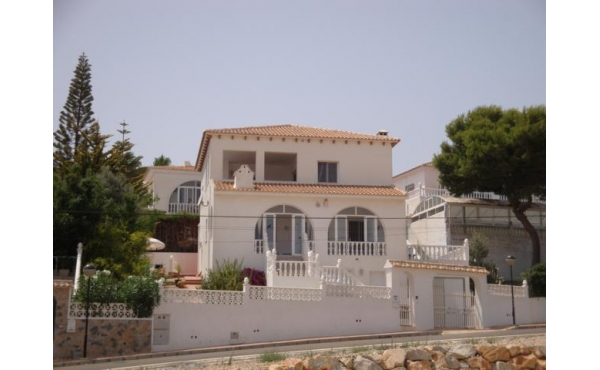 Detached Villa with panoramic view in Blue Lagoon
